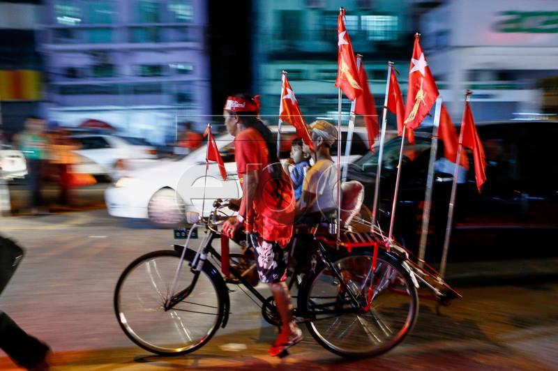 À deux jours des élections, les birmans se préparent à un évènement historique