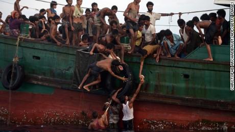 Pour demander la fin de la crise humanitaire et protéger les rohingyas : écrivez à Laurent Fabius