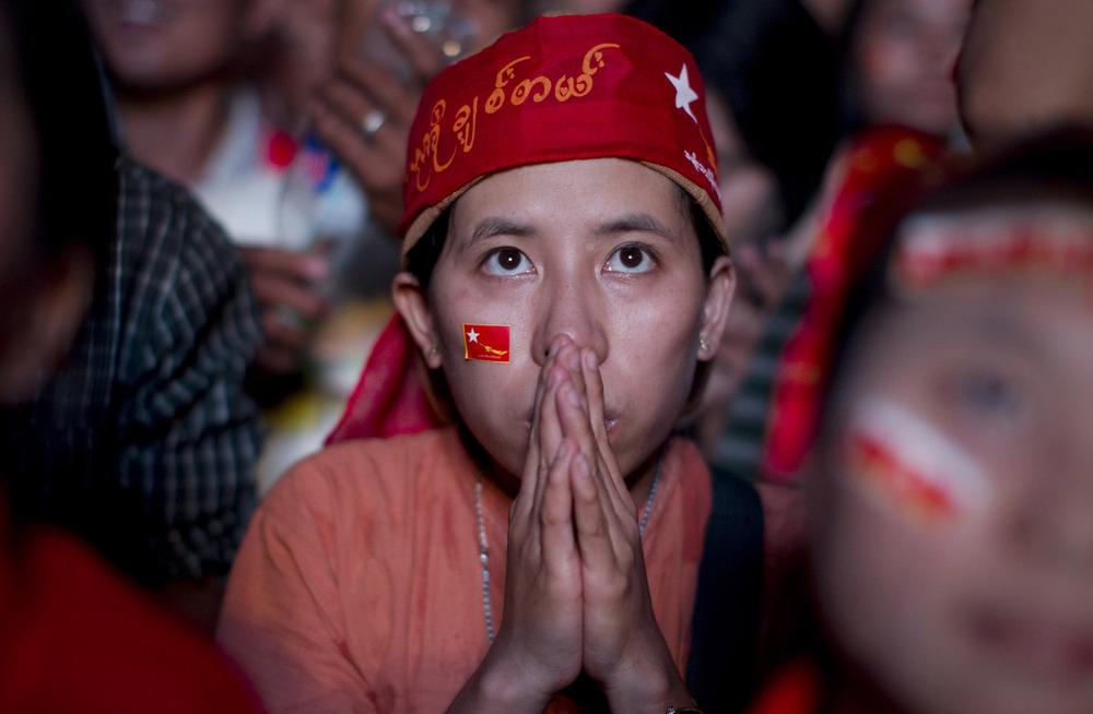 A un mois du scrutin, la France doit appeler le gouvernement birman à organiser des élections libres et équitables
