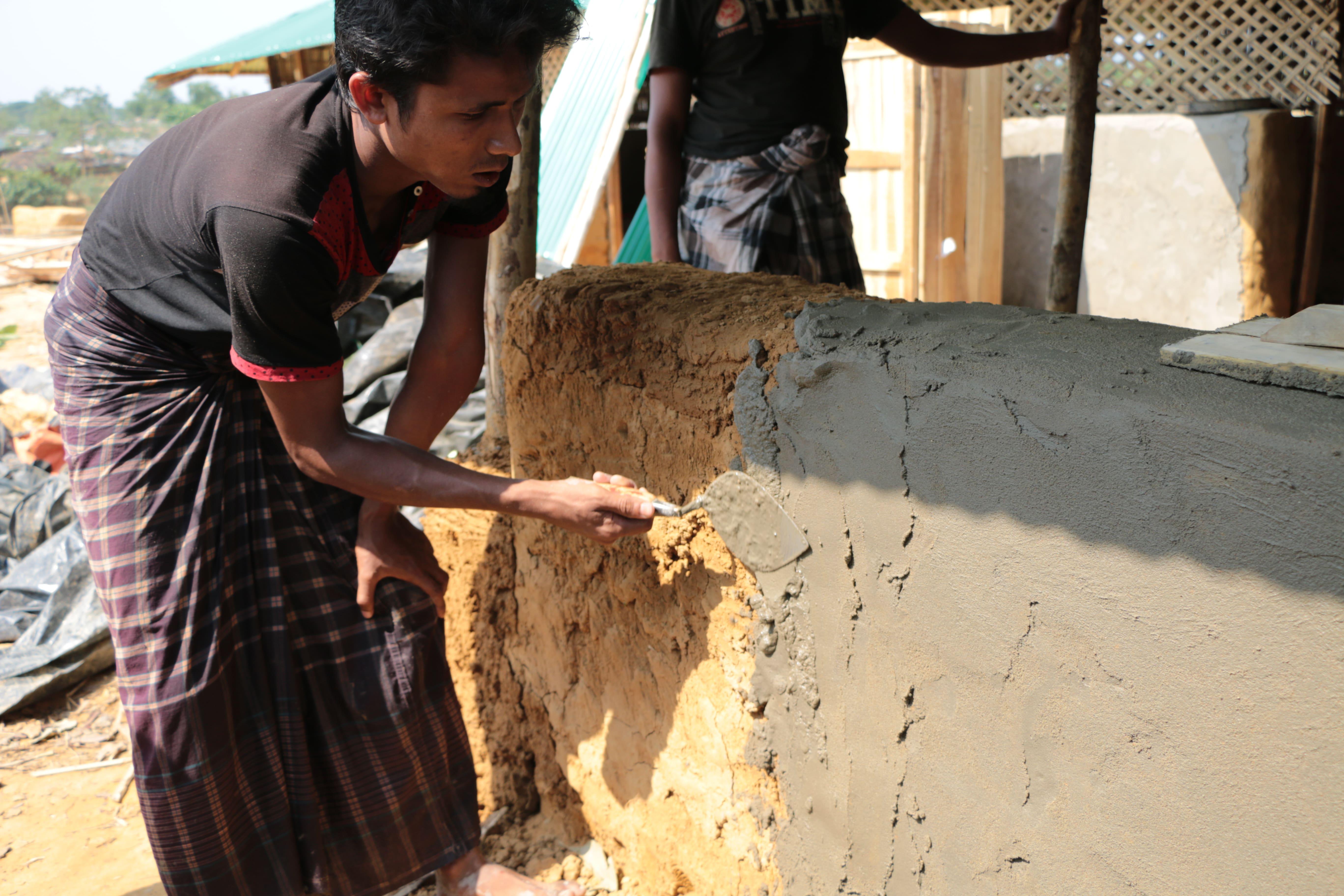 À  la veille de la mousson, le sort des Rohingya s'assombrit