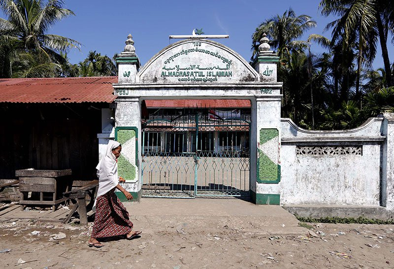 mosque-in-Rakhine
