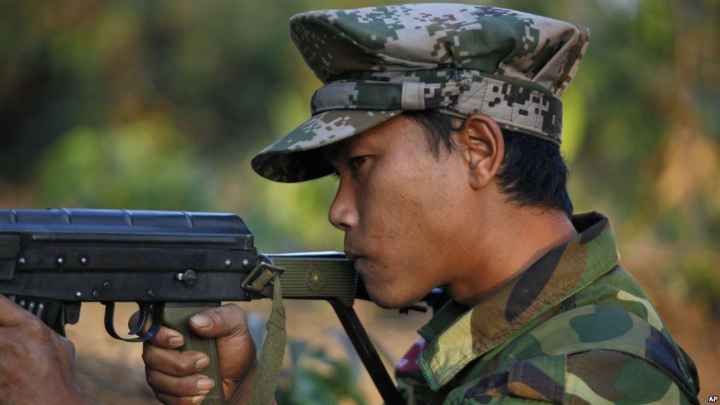 L'optimisme qui entoure les négociations de paix en Birmanie, n'est pas partagé pas les civils des zones ethniques